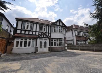Thumbnail 3 bed flat to rent in Roehampton Vale, London