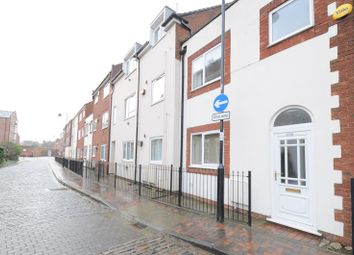 Thumbnail 1 bedroom property to rent in High Street, Hull
