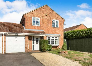 3 bed detached house for sale in Westerdale, Thatcham RG19