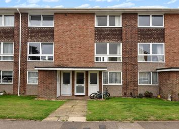 Thumbnail 2 bedroom maisonette to rent in Wykeham Crescent, East Oxford