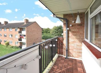 Thumbnail 2 bed flat for sale in Sunnymead, North Oxford