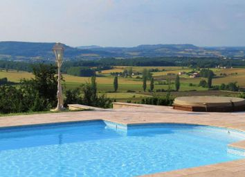 Thumbnail Land for sale in Penne-d Agenais, Aquitaine, France