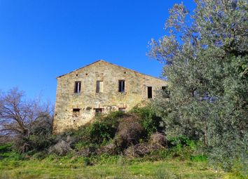 Thumbnail 4 bed country house for sale in Montefiore, Marche, Italy