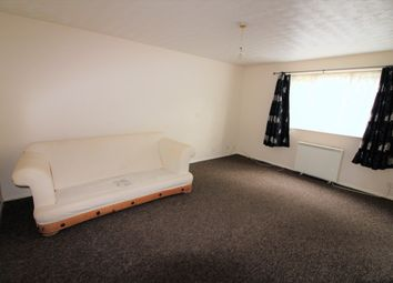 2 bed flat to rent in Millhaven Close, Chadwell Heath RM6