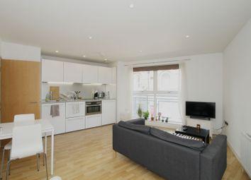 Thumbnail Studio to rent in 400 Essex Road, Islington