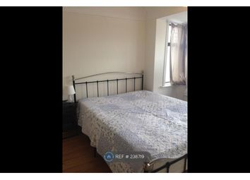 Thumbnail Room to rent in Rossall Crescent, London