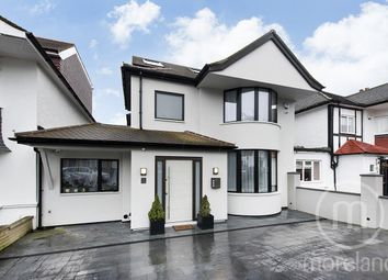 4 bed link-detached house for sale in Denehurst Gardens, London NW4