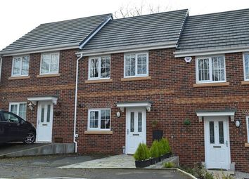 Thumbnail 2 bed town house for sale in Bowbank Close, Oldham