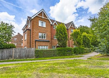 Thumbnail Flat to rent in Chipstead Road, Banstead