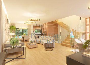 Thumbnail Villa for sale in Rua Codornizes, Cascais, 2750-842, Pt