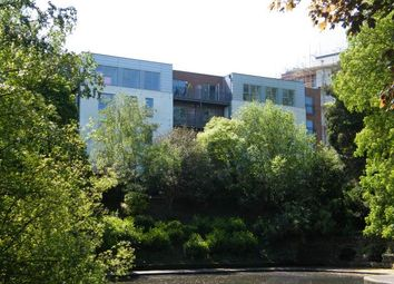 Thumbnail 2 bed flat to rent in Lake Court, Medway Road, Tunbridge Wells