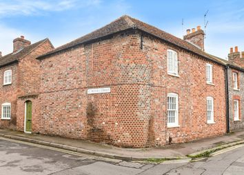 Thumbnail 2 bed flat for sale in Wallingford, South Oxfordshire