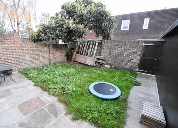 Thumbnail Room to rent in Caradon Way, Seven Sisters, Tottenham