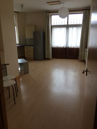 Thumbnail 1 bed flat to rent in 263 Crawley Green Road, Luton