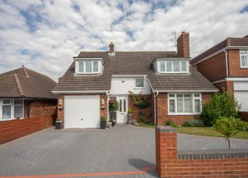 Thumbnail 4 bed detached house for sale in The Retreat, Dunstable