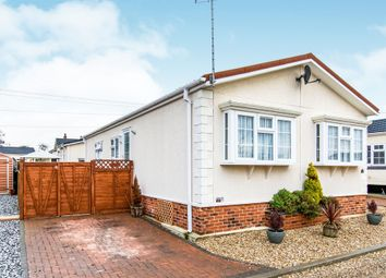 Thumbnail 2 bed mobile/park home for sale in Hawthorn Hill, Dogdyke, Lincoln