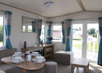 Thumbnail 2 bed mobile/park home for sale in Breydon Water Holiday Park, Butt Lane, Burgh Castle