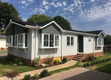 2 bed mobile/park home for sale in New Walk Orchard, St Oswalds Road, Fulford, York YO10