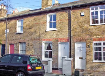 Thumbnail 2 bed cottage to rent in Worple Street, Mortlake, London