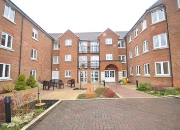 Thumbnail 1 bed flat to rent in St. Agnes Road, East Grinstead