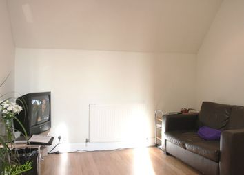 Thumbnail 1 bed flat to rent in Golderslea, Finchley Road, London