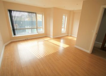 Thumbnail 3 bed town house to rent in Lincoln Terrace, East Finchley
