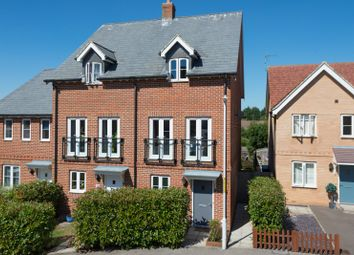 3 bed town house for sale in Greystones, Ashford TN24
