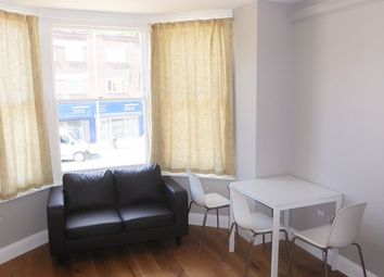 Thumbnail 3 bedroom flat to rent in Finchley Lane, Hendon, London