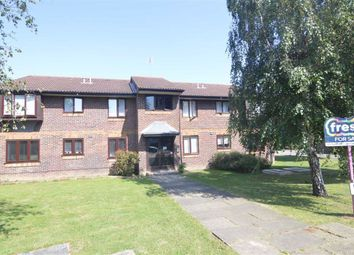 Thumbnail 1 bedroom flat for sale in Campion Court, Grays, Essex