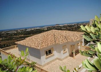 Thumbnail Chalet for sale in Dénia, Alicante, Spain