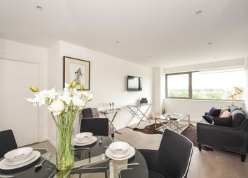 Thumbnail 2 bed flat for sale in Hubert Road, Brentwood