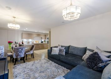 Thumbnail 2 bed flat for sale in Ellerton Road, Surbiton