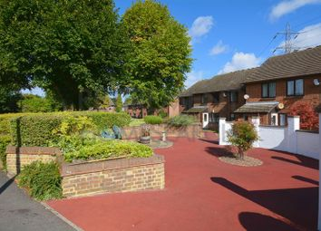 Thumbnail 2 bed flat for sale in Longhedge (Priory Park), Dunstable