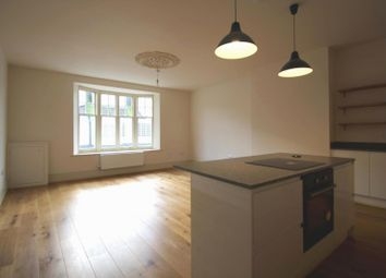 Thumbnail 3 bed flat to rent in Slipshoe Street, Reigate