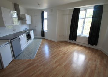 Thumbnail 1 bed flat to rent in Crawley Green Road, Luton