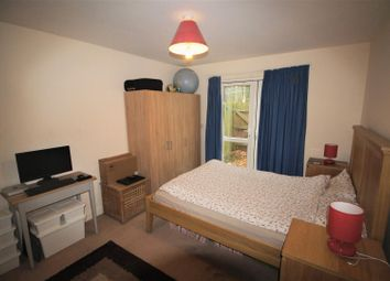 Thumbnail 2 bedroom property to rent in Parkfield Close, Edgware