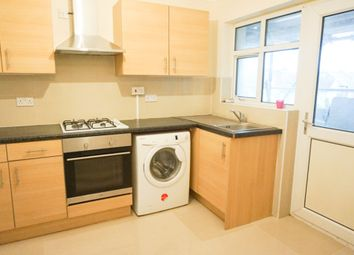 Thumbnail 3 bedroom flat to rent in Aldermans Hill, London
