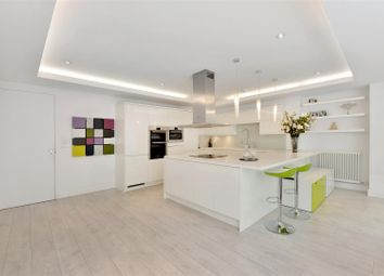 Thumbnail 3 bed flat for sale in Rosslyn Hill, London