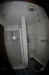 Thumbnail 2 bedroom flat to rent in Granville Road, Ilfracombe