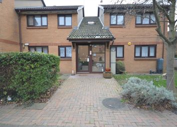 Thumbnail 2 bed flat to rent in Laymarsh Close, Belvedere