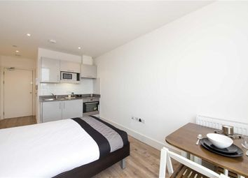 Thumbnail Studio to rent in Kilburn High Road, Kilburn