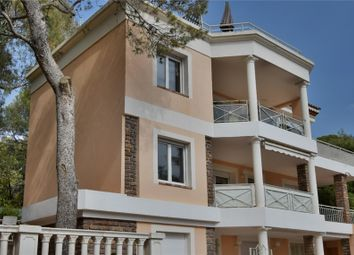 Thumbnail 3 bed apartment for sale in Provence-Alpes-Côte D'azur, Var, Saint Raphael