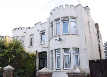 Thumbnail 1 bedroom flat to rent in Ronald Park Avenue, Westcliff-On-Sea