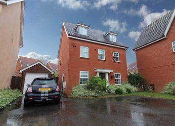 Thumbnail 5 bed town house for sale in Spindler Close, Kesgrave, Ipswich