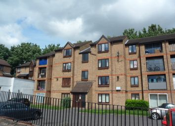 Thumbnail Studio to rent in Sycamore Court, Erith, Kent