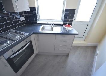 Thumbnail 2 bed flat to rent in Heath Park Road, Romford