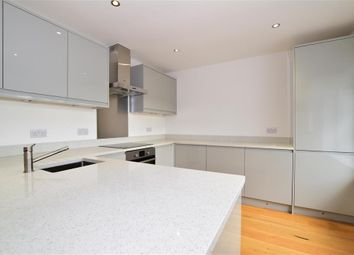 2 bed flat for sale in Cavell Road, Billericay, Essex CM11