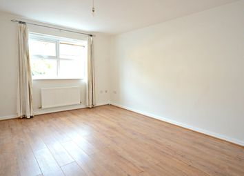 Thumbnail 2 bedroom flat to rent in Sydenham Gardens, Chalvey Grove, Slough