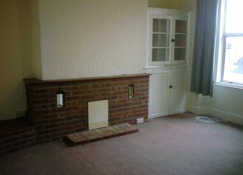 Thumbnail 2 bed flat to rent in Palmerston Street, Plymouth