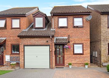 3 bed semi-detached house for sale in Chapman Walk, Thatcham RG18